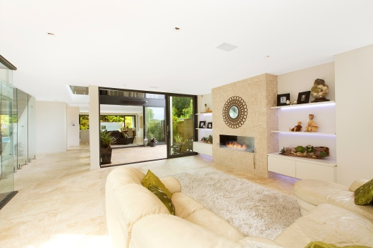 5a Wyuna Avenue - family loving as it should be.