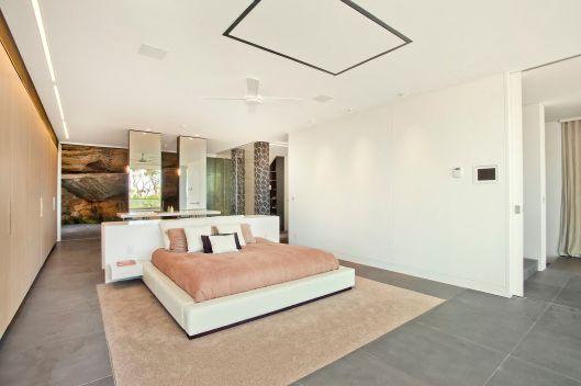 16 Loombah Dover Heights - Bedroom